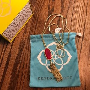 NWT Kendra Scott Pink Agate Everly Necklace